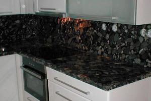 Žulová kuchynská doska Black Marinace